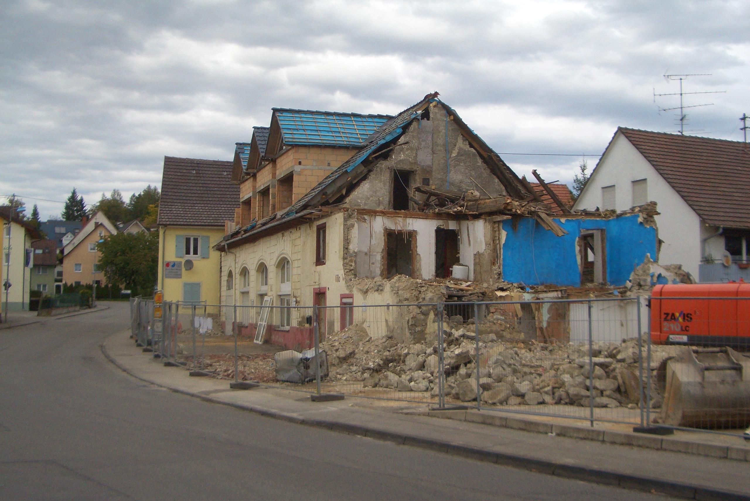 """""""Wackelburg"""" - altes Rathausareal - was wird hier entstehen?"""